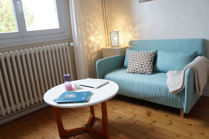 Joli studio dans maison de ville à Angers