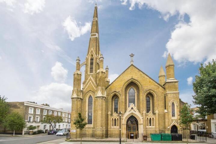 Trendy church flat in Angel - Londyn - Apartament