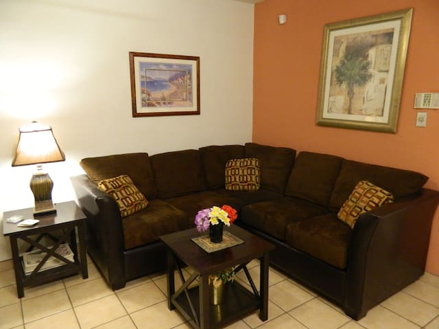 Executive Apartments - Fully 'Furnished & Safe - Mexicali - Appartement