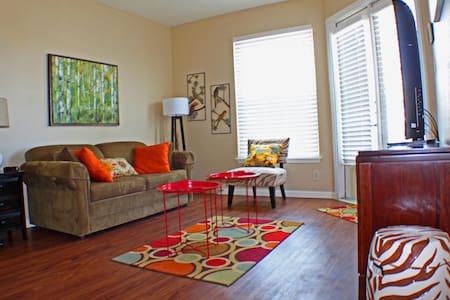 Modern, Renovated Condo with Gulf View - Corpus Christi - 公寓