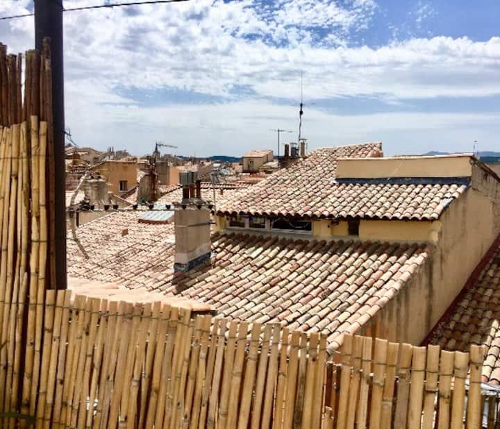 Petit studio sur les toits
