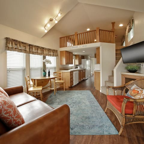 Cozy Vacation Cottage 300 W/Loft at Pismo Sands RV