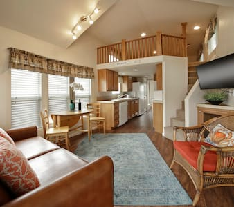 Cozy Vacation Cottage 300 With Loft - Oceano