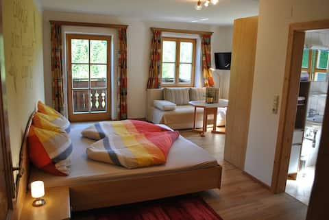 Familienbauernhof Glockriegl (Lunz am See), Sonnige Ferienwohnung 1