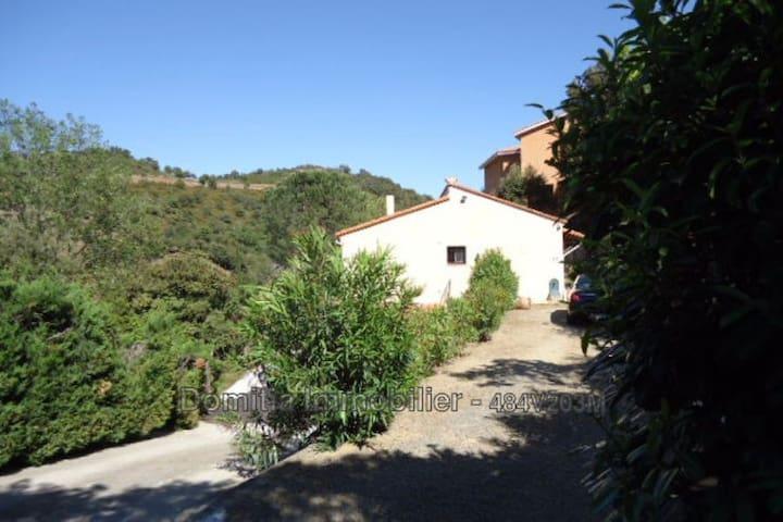 Maison 117m² terrain 1870m² vue panoramique calme - Le Boulou - House
