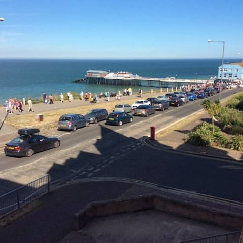 Sea views on edge of lively town - Cromer - Appartement