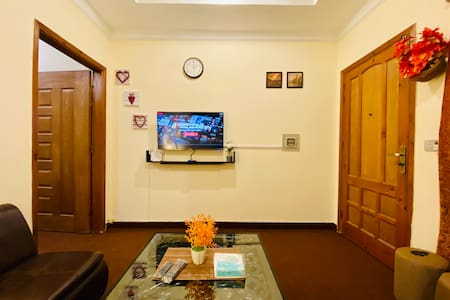 Cozy 1BHK Junior Suite | Wifi | Netflix |