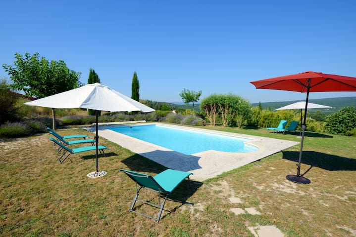 Luxury Villa (La Totale)