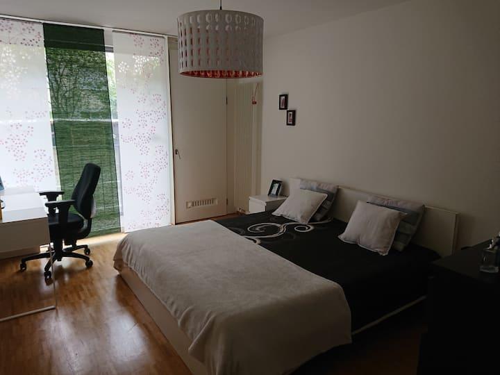 Room4u