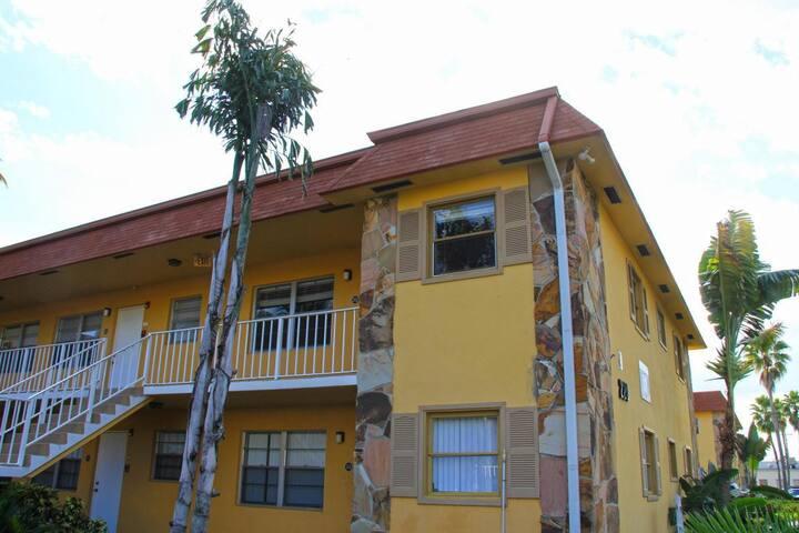Palm beach rental
