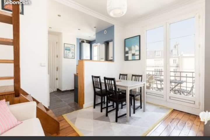 Appartement Duplex avec balcon proche Tour Eiffel
