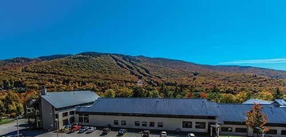 Inn Season Pollard Brook Resort- 1 week in October