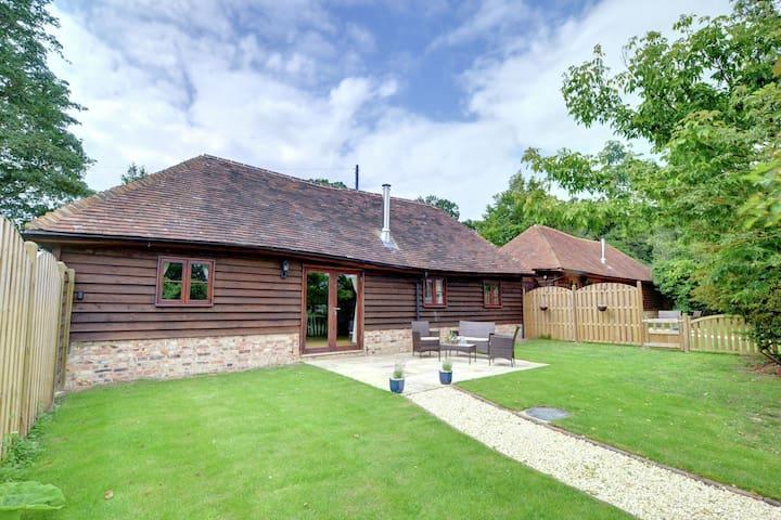 Casa rural en Cranbrook, Kent con césped