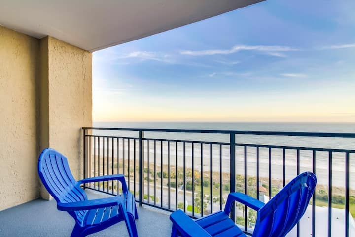 Hosteeva | Ocean Forest Plaza w Balcony | Snowbird Special Rates Available!!!🕓