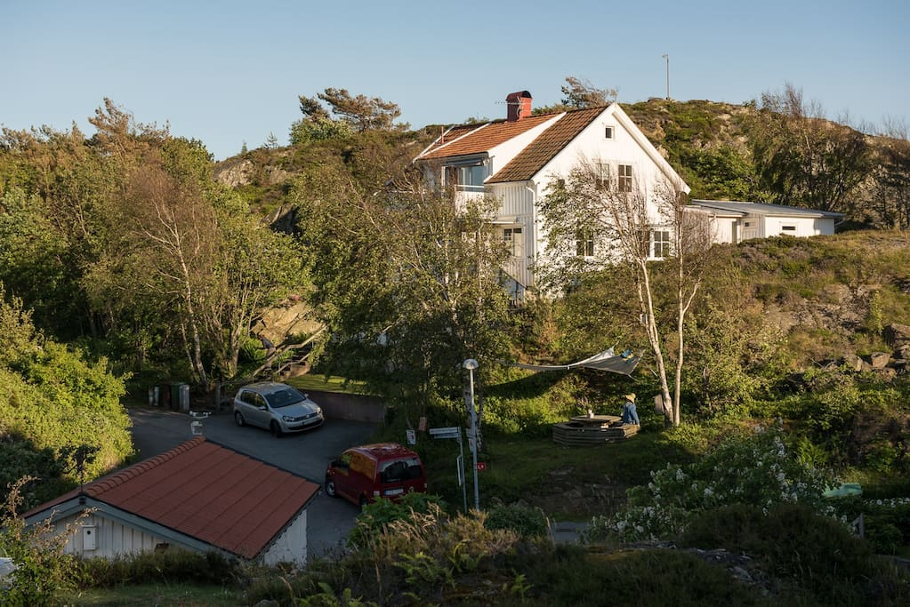 lysekil singles Lysekil is a city in the costal province of bohuslän it's a picturesque coastal town and a major tourist destination during the swedish summer period from june to the end of august.