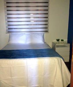 Ouro Preto - Quarto cama de casal - Belo Horizonte - Bed & Breakfast