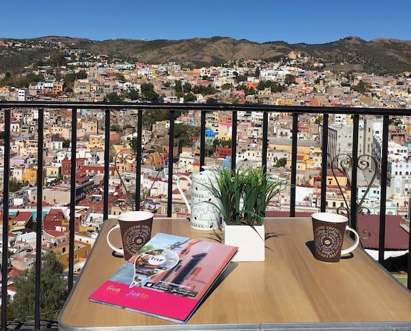 Casa Mirador/ Justo a un lado del Pípila/ terrace