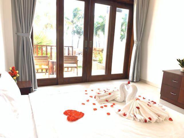 Double Room 102 -Havana Resort ( Hướng Biển )
