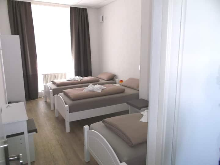 Untereisesheim - Favorit Zimmer B 2