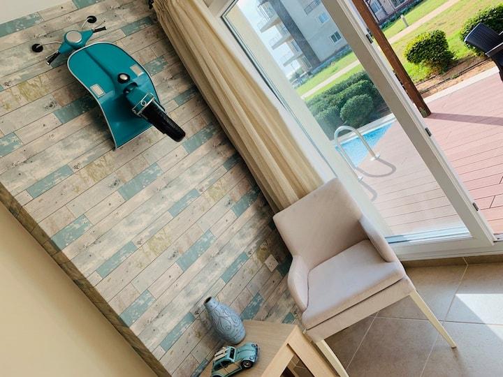 Su-Ana 3 Bed Swim-up Condo with Sea-View 5* Resort