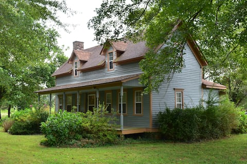 The Cass House on the Mulberry River