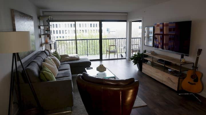 Crows' Nest: Executive Life in Sacramento