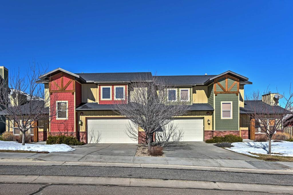 This 3-bedroom, 2.5-bath townhome is just minutes from downtown Park City!