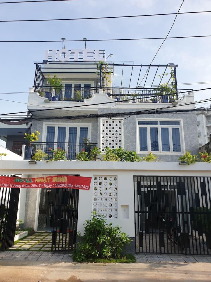 Nhat MinhHotel,clean room,good service,nice garden