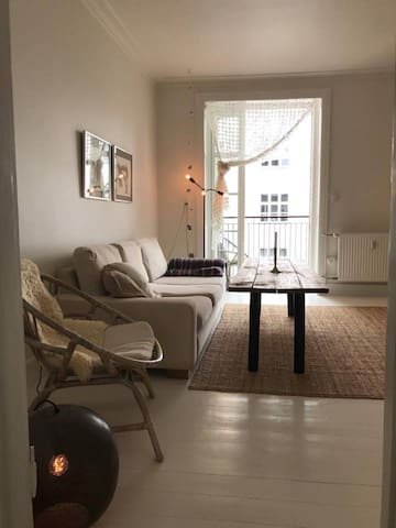 Cosy and light apartment in Hellerup, Copenhagen - Hellerup - Appartement