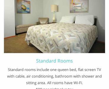 BEACHCOMBER STANDARD ROOMS