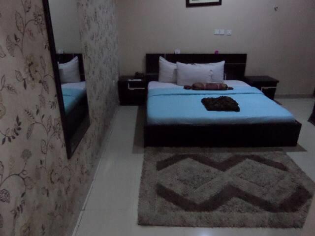 Alheri Suites-Executive Double Room