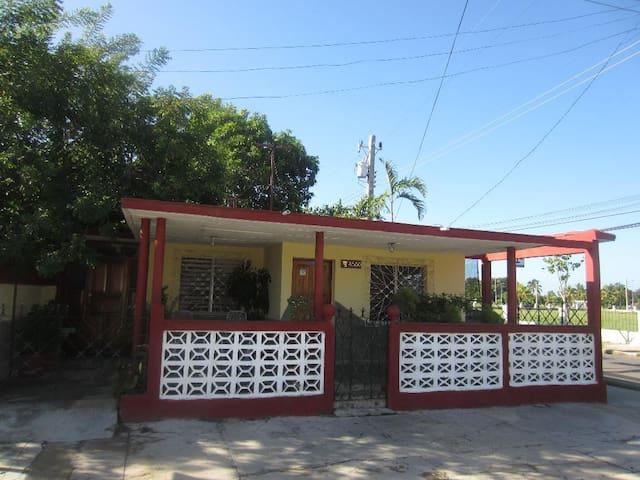 Casa Luis y Mercy Habitación 1