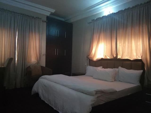 Jat Suites  - Standard Room