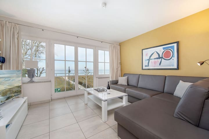 Ferienwohnungen Huster, (Ostseebad Binz), Seeschloss Appartment 13, 55 qm, 1 Schlafzimmer, Balkon, max. 4 Personen