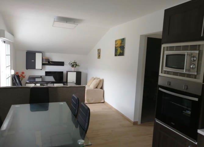 Apartamento con buenas vistas