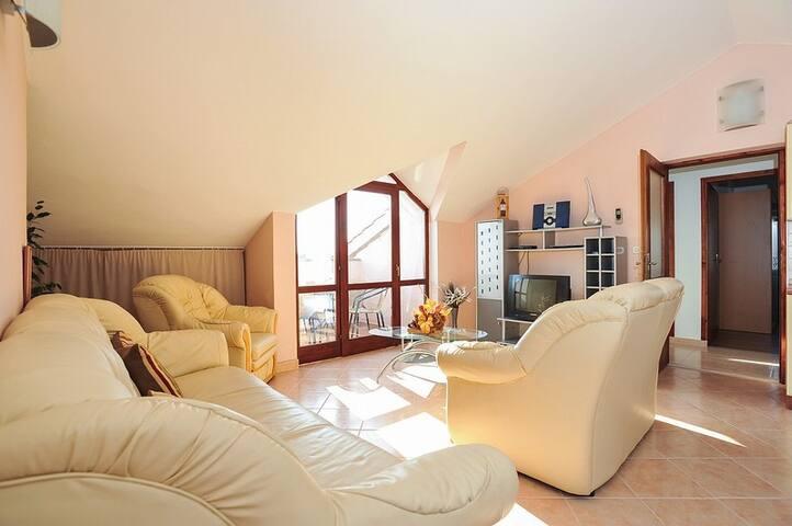 Four bedroom apartment INN2