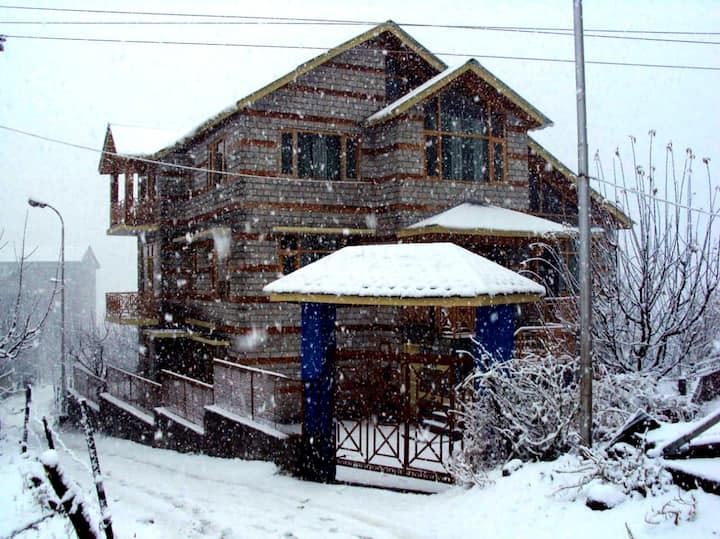 Cloud9 Cottage Manali Work frm Home Long stayWiFi