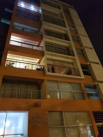 San Borja Bonito Loft 60mt2