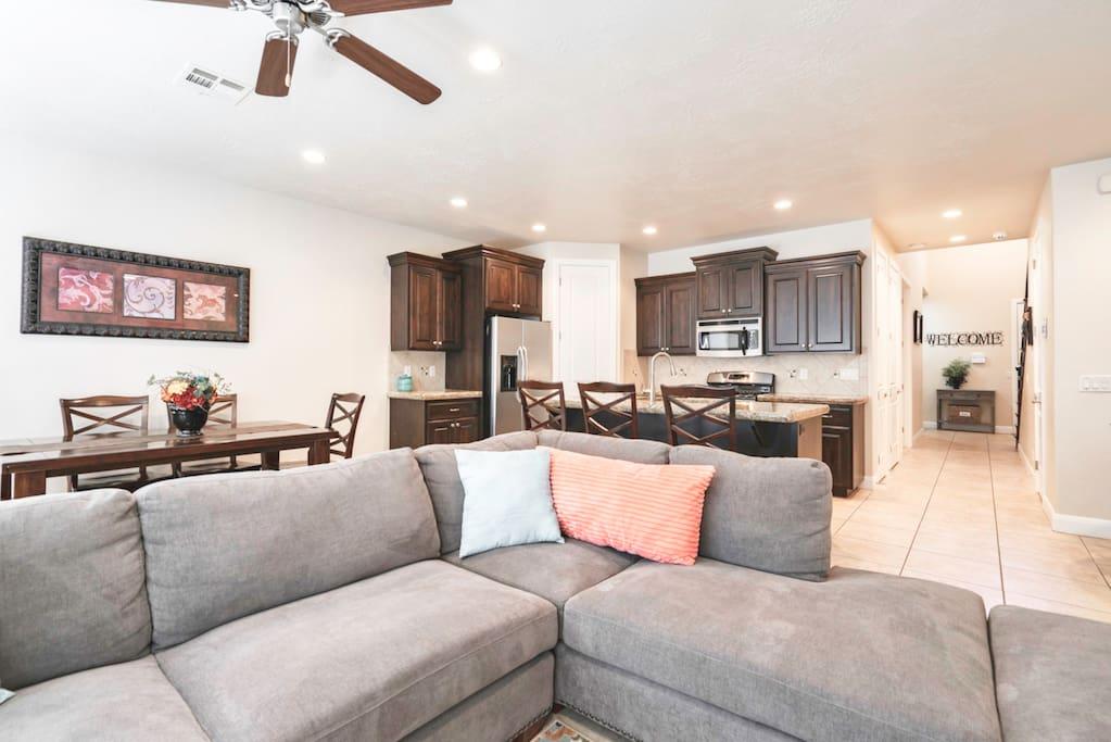 Living Room/Kitchen/hall