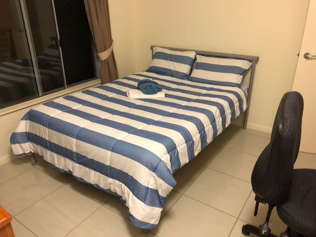 Modern Private Bedroom - Mareeba