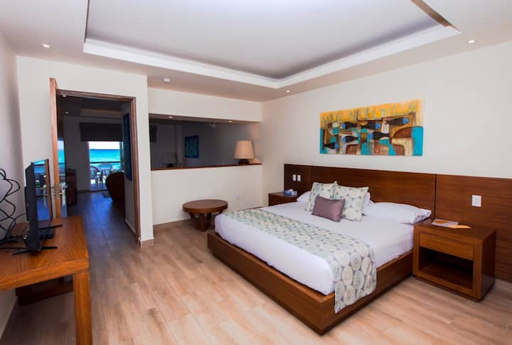Master Suite Ocean View  Cancun Hotel Zone