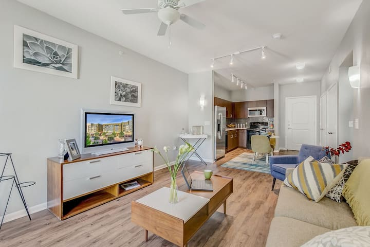 Live + Work + Stay + Easy | 2BR in Fort Worth