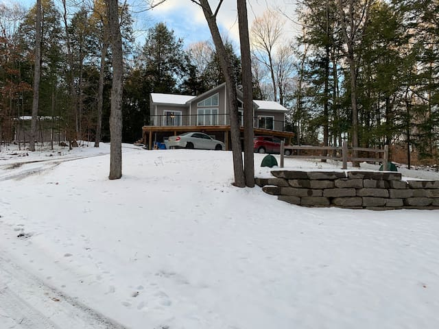 Cozy cottage near Calabogie 5 mins from ski resort