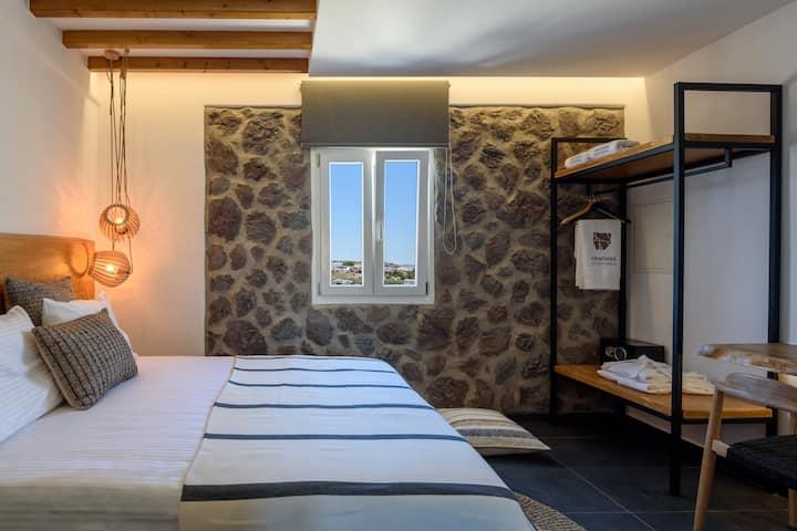Vrachos Suites - Standard Room