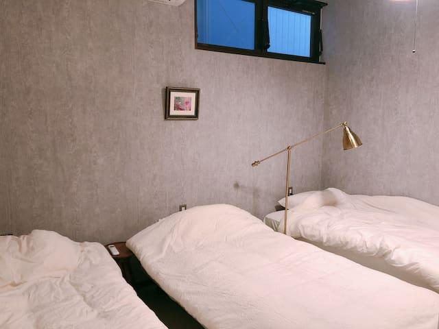 トリプルルーム / Triple room