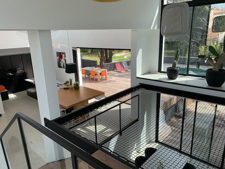 EXCEPTIONNELLE VILLA D'ARCHITECTE 300 m2