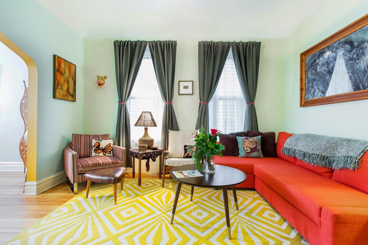 Eclectic and Colorful Retro Apartment near Logan Square