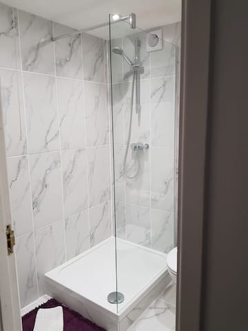 Brand New walk in shower room, Fully tiled, quality fitments (Dec 2018)