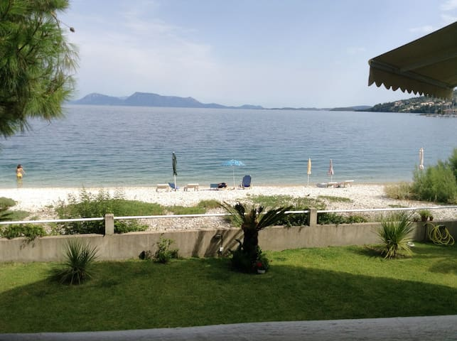 Charming apartment right in front of the beach - Lefkada - Wohnung
