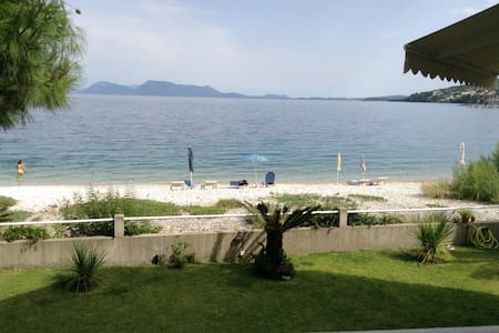 Charming apartment right in front of the beach - Lefkada - Apartment